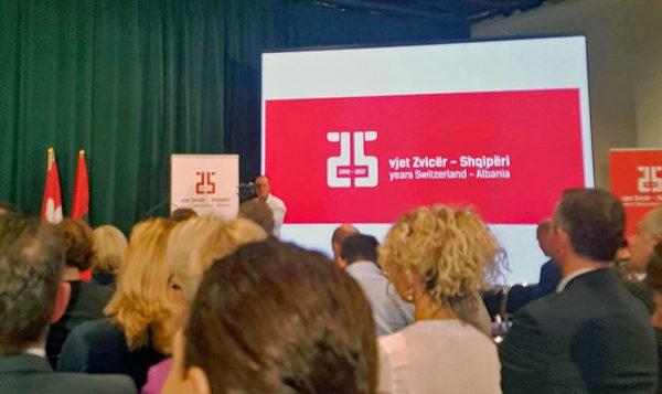 Schweizer Botschaft feiert 25. Jubiläum